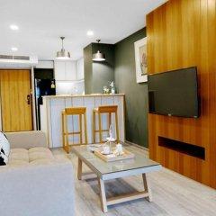 Отель Residence Rajtaevee Бангкок комната для гостей