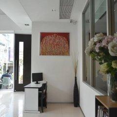 Отель The Mini R Ratchada Hotel Таиланд, Бангкок - отзывы, цены и фото номеров - забронировать отель The Mini R Ratchada Hotel онлайн интерьер отеля фото 3