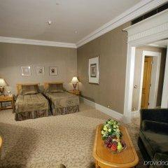 Гостиница Донбасс Палас комната для гостей фото 3