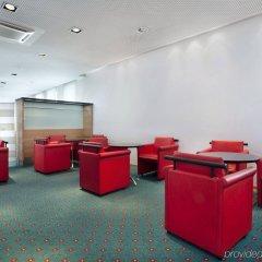 Отель Holiday Inn Express Geneva Airport детские мероприятия