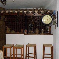Отель Casa de S. Thiago do Castelo гостиничный бар