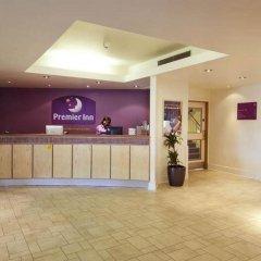 Отель Premier Inn London Hampstead интерьер отеля