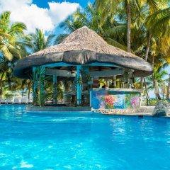 Отель Coral Costa Caribe бассейн