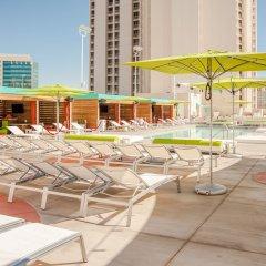 Отель Plaza Hotel & Casino США, Лас-Вегас - 1 отзыв об отеле, цены и фото номеров - забронировать отель Plaza Hotel & Casino онлайн пляж