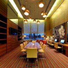 Hampton by Hilton Bursa Турция, Бурса - отзывы, цены и фото номеров - забронировать отель Hampton by Hilton Bursa онлайн гостиничный бар