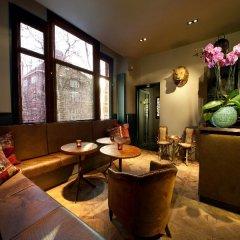 Отель Max Brown Hotel Museum Square Нидерланды, Амстердам - 3 отзыва об отеле, цены и фото номеров - забронировать отель Max Brown Hotel Museum Square онлайн интерьер отеля фото 2