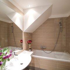 Отель Assenzio Чехия, Прага - 14 отзывов об отеле, цены и фото номеров - забронировать отель Assenzio онлайн ванная