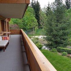 Апартаменты Gstaad Perfect Winter Luxury Apartment балкон