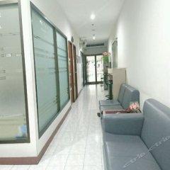 Апартаменты Piyavan Tower Serviced Apartment интерьер отеля