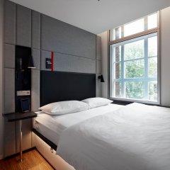 Отель citizenM Amstel Amsterdam Нидерланды, Амстердам - отзывы, цены и фото номеров - забронировать отель citizenM Amstel Amsterdam онлайн комната для гостей