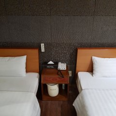 Hotel At Home комната для гостей