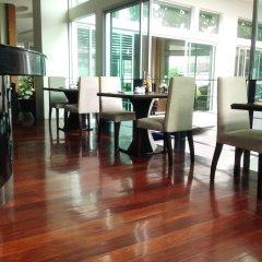 Отель August Suites Pattaya Паттайя интерьер отеля фото 7