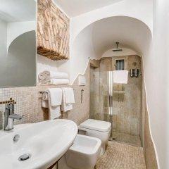 Отель Luxury Navona Италия, Рим - отзывы, цены и фото номеров - забронировать отель Luxury Navona онлайн ванная