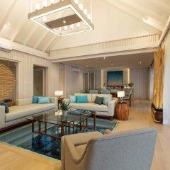 Отель LUX South Ari Atoll интерьер отеля фото 2