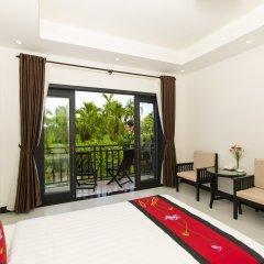 Отель Hoi An Hideaway Villa балкон