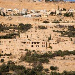 Отель Old Village Resort-Petra Иордания, Вади-Муса - отзывы, цены и фото номеров - забронировать отель Old Village Resort-Petra онлайн пляж