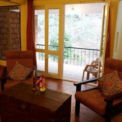 Отель Falling Waters комната для гостей фото 2