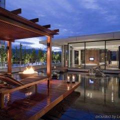 Отель Fairmont Pacific Rim Канада, Ванкувер - отзывы, цены и фото номеров - забронировать отель Fairmont Pacific Rim онлайн бассейн фото 2