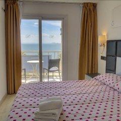 Отель La Carabela Испания, Курорт Росес - отзывы, цены и фото номеров - забронировать отель La Carabela онлайн комната для гостей фото 3