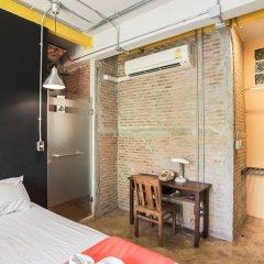 Saladaeng Gallery Hostel By Favstay Бангкок комната для гостей фото 3