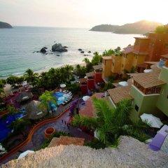 Отель Embarc Zihuatanejo пляж