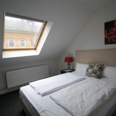 Отель Heimat St. Pauli Германия, Гамбург - отзывы, цены и фото номеров - забронировать отель Heimat St. Pauli онлайн комната для гостей фото 2