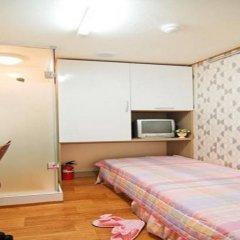Отель Seocho Hill Livingtel сейф в номере