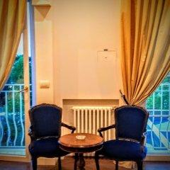 Отель Universal Terme Италия, Абано-Терме - 6 отзывов об отеле, цены и фото номеров - забронировать отель Universal Terme онлайн балкон
