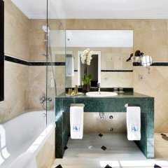 Отель Eurostars Conquistador Испания, Кордова - 1 отзыв об отеле, цены и фото номеров - забронировать отель Eurostars Conquistador онлайн ванная фото 2
