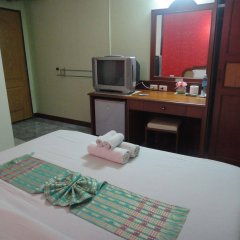 Отель Thepparat Lodge Krabi удобства в номере