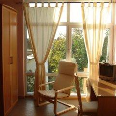 Гостиница Меридиан комната для гостей