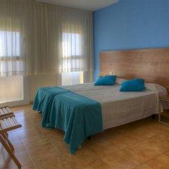 Отель Apartamentos Bon Repos Испания, Санта-Сусанна - 1 отзыв об отеле, цены и фото номеров - забронировать отель Apartamentos Bon Repos онлайн комната для гостей