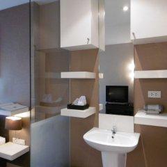 Отель Green Bells Residence New Petchburi Бангкок удобства в номере