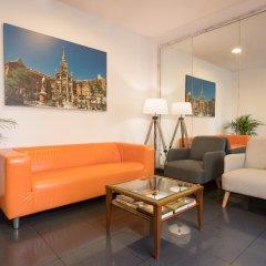 Отель H·TOP BCN City Hotel Испания, Барселона - 10 отзывов об отеле, цены и фото номеров - забронировать отель H·TOP BCN City Hotel онлайн интерьер отеля