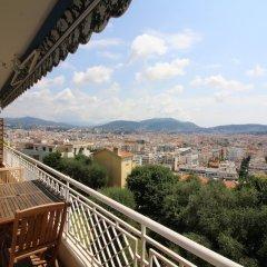 Отель Nice Booking - Miramar Terrasse Vue mer Франция, Ницца - отзывы, цены и фото номеров - забронировать отель Nice Booking - Miramar Terrasse Vue mer онлайн балкон