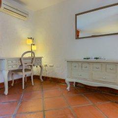 Отель Hacienda Roche Viejo Испания, Кониль-де-ла-Фронтера - отзывы, цены и фото номеров - забронировать отель Hacienda Roche Viejo онлайн удобства в номере