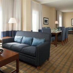 Отель Four Points by Sheraton Gatineau-Ottawa Канада, Гатино - отзывы, цены и фото номеров - забронировать отель Four Points by Sheraton Gatineau-Ottawa онлайн комната для гостей фото 5