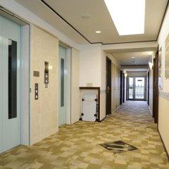 Отель Toyoko Inn Hakata-Guchi Ekimae Gion Хаката интерьер отеля фото 3