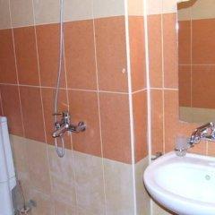Отель Guest Rooms Markiz Болгария, Варна - отзывы, цены и фото номеров - забронировать отель Guest Rooms Markiz онлайн ванная
