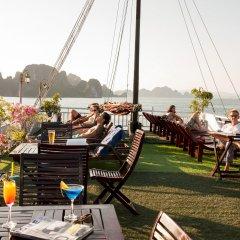 Отель Halong Aclass Legend Cruise питание