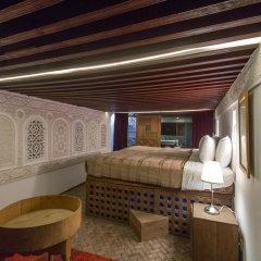Отель Riad Les Oudayas Марокко, Фес - отзывы, цены и фото номеров - забронировать отель Riad Les Oudayas онлайн комната для гостей фото 2