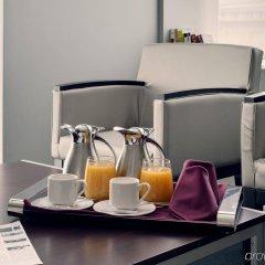 Отель Crowne Plaza Madrid Airport в номере