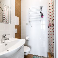 Гостиница Butlerova 7B - 2 в Москве отзывы, цены и фото номеров - забронировать гостиницу Butlerova 7B - 2 онлайн Москва ванная