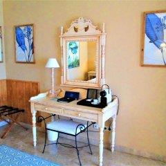Hotel Guadalmina Spa & Golf Resort удобства в номере