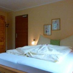 Отель Berghotel Franzenshöhe Стельвио сейф в номере