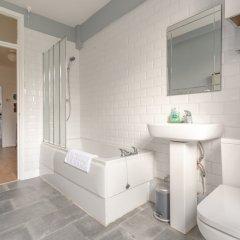 Отель 2 Bedroom Flat in North West London with Wifi ванная