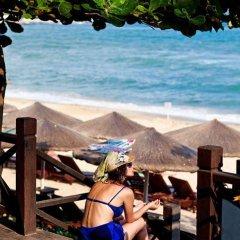 Sanya Guesthouse International Hotel пляж