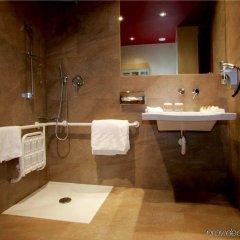 Отель Hilton Garden Inn Lecce Италия, Лечче - 1 отзыв об отеле, цены и фото номеров - забронировать отель Hilton Garden Inn Lecce онлайн ванная