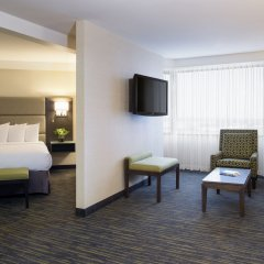 Отель Saskatoon Inn комната для гостей фото 4