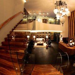 Square Small Luxury Hotel гостиничный бар